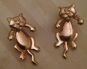 Adorable Hanging Kitty Cat Earrings, Movable Body, by JJ, 1980s