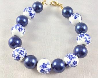 Floral bracelet, Porcelain beads, Ladies bracelet, Blue beads, Vintage, Ceramic beads, Summer, Flower, Fashion, Hippy, Boho, Gypsy, OOAK