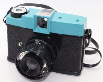 Diana F+ 'Toy' Film Camera with Diana 35mm Film Back+ Converter with manual - Made by Lomography / Lomo - Very collectable