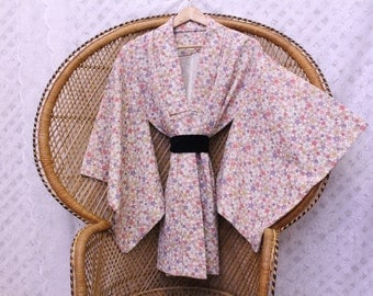Vintage pastel floral slouch 70s Japanese short silk kimono Jacket or dress S M