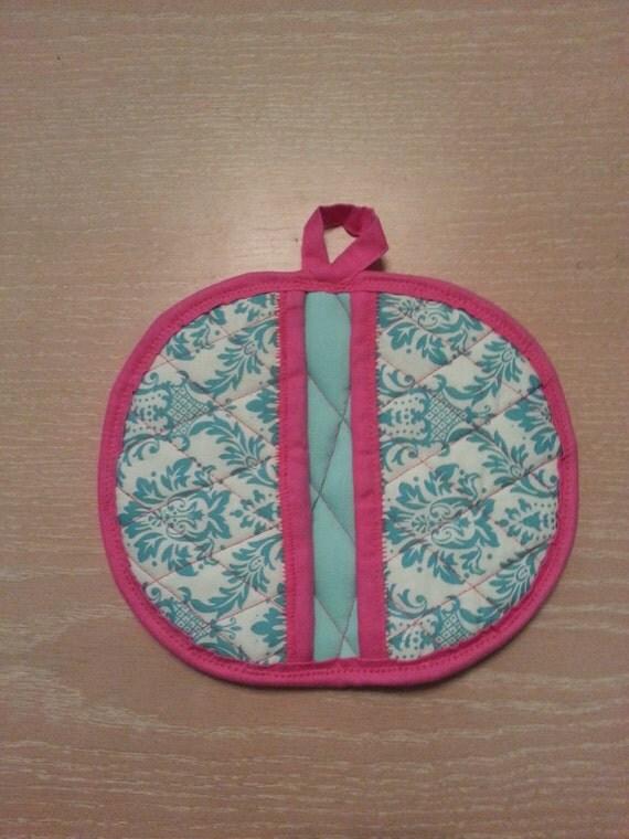 """Handmade """"Turquoise Damask Design """" Potholder / Trivet"""