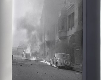 Canvas 16x24; Helsinki Bombardment 1939 Maitokeskus