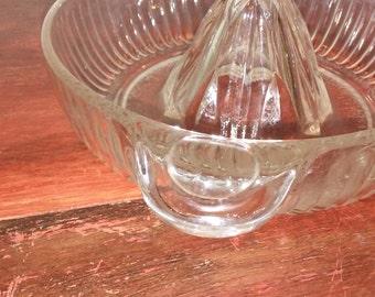 Vintage clear glass juicer, 1940's