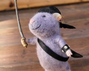 needle felted pirate mouse, needle felt mouse, felted toy seeman mouse, sailor mouse, wool toy