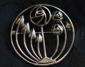 Vintage sterling silver Rennie Mackintosh inspired brooch,  8.0 gms, beautiful Scottish silver jewellery