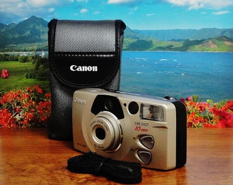 Vintage CANON Sure Shot 85 Zoom Smart Autofocus (SAF) Date Compact 35mm Point & Shoot Film Camera, 38~85mm Zoom Lens, Circa: 90's, Like New!