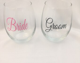 Bride and Groom Stemless Wine Glasses, Mr and Mrs Glasses, Mr and Mrs, Wedding, Wedding Glasses, Bride, Groom, Bride and Groom, Wine Glass