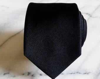 Silk Mens Necktie/Tie-Mens Solid Black Silk Necktie/Tie, Silk Necktie, Silk Tie, Mens Necktie, Mens Tie
