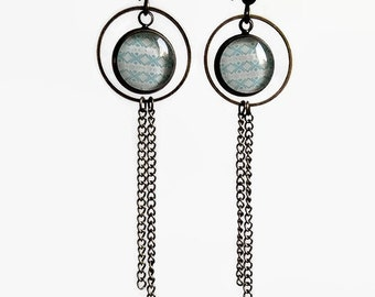 dangling earrings * Aztec turquoise * trendy and modern, glass cabochon