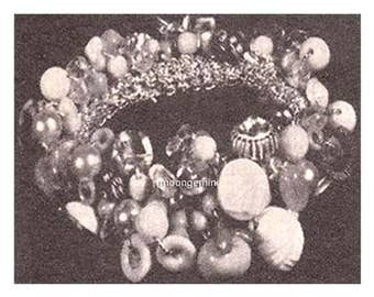 PDF 1950s Friendship Button Bracelet Crochet Pattern