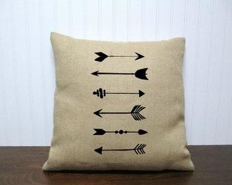 Tribal Arrows Pillow Cover. Grain Sack Pillow. Rustic Home Decor. Arrows Pillow. Zipper enclosure.  Burlap Pillow Cover.  Cotton Canvas