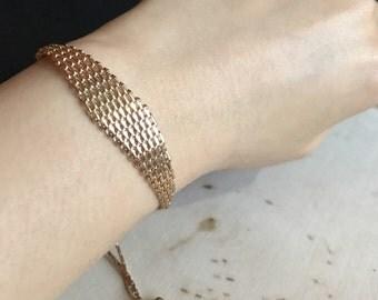 Gold plated Net bracelet / Fashion bracelet