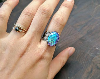 Dragon Egg from Game of Thrones, Wear it as a ring!  Purple Dragon Egg Ring.  Blue Dragon Egg Ring.  Dragon Scales Ring.  Blue Scales Ring
