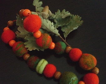 Felted beads - Felt Beads Necklace - Bright Multicoloured Chunky - Orange, Green. Ready for shipment.