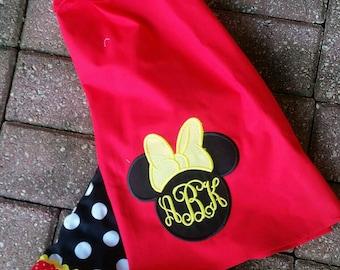 Minnie mouse short set / Disney short set / Disney outfit / minnie outfit / minnie mouse outfit / minnie shorts outfit
