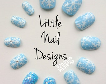 Frozen Inspired Hand Painted Disney False Nails | Snowflake | Christmas | Little Nail Designs
