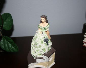 """Scarlett Music Box  #73471 """"Tara's Theme"""" From Gone With The Wind"""