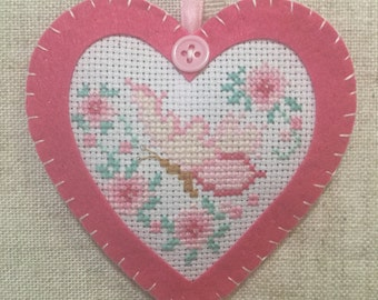 Handmade lavender sachets / hanging heart decoration  / lavender heart