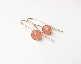 Peach Moonstone 14 k goldfilled/gold filled earring/earrings