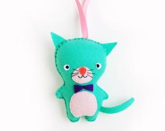 Cat Felt Ornament, Green Cat Felt Doll, Animal Felt Plush, Stuffed Kitten Toy, Christmas Decor, Gift Topper, Holiday Gift Tag, Keepsake Cat
