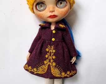 Blythe tweed coat with hand embroidery
