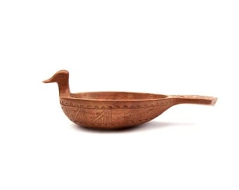 Chip-Carved Duck Bowl