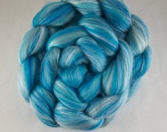 PEPPERMINT Blended Roving, Merino - Silk, 100g