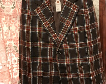 Vintage Brown and Red Plaid Blazer with Pockets and Back Vent