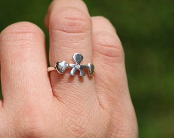 CHILD AND HEARTS RING