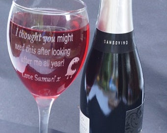 Personalised wine glass, engraved gift, engraved wine glass, wine lovers gift, wedding gift, wine glass,