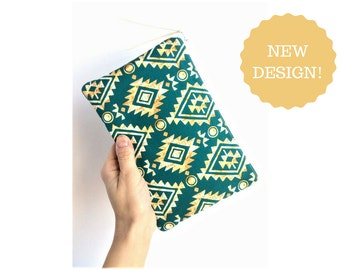 Small Makeup Bag - Gift for Her - Teen Girl Gift - Small Zipper Pouch - Green Makeup Bag - Small Cosmetic bag