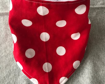 White/red polka dot bandana bib