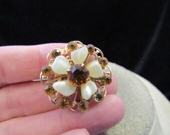 Vintage Goldtone White Petaled & Golden Rhinestone Floral Pin