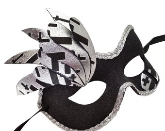 Gothic Beauty Black Maskquerade Mask U154