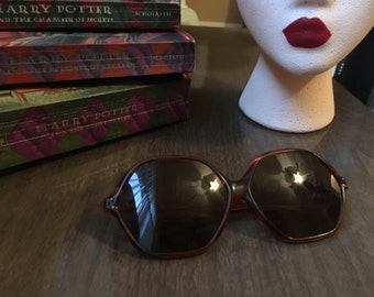60s Mod Hexagonal Shades in Tortoise Shell
