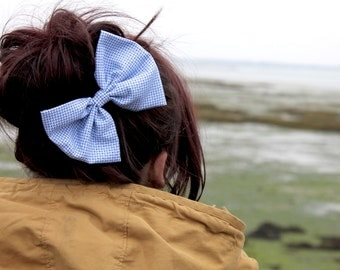 Blue hair Bow, Hair Accessories, Womens Hair Bow, Womens Hair Accessories, Patterned Hair Bow, Vintage Hair Bow, Retro Hair Clip, Cute Clip
