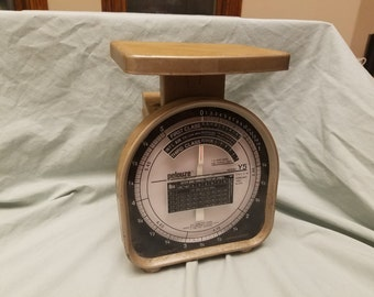 Vintage Pelouze Y5 postal scale Home decor