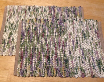 Spring time placemats (2) sets woven recycle material