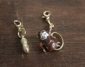 Knitting Progress Keeper -  MONKEY PEANUT Circus Stitch Markers - Crochet Marker - Enamel Gold Charm - Knitting Jewelry