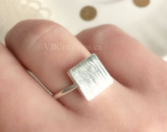 Square Ring - Square Jewelry - Silver Ring - Geometry - Ring for her - Minimalist Jewelry - Gift Ideas - Gift for her - Sister Gift - Mother