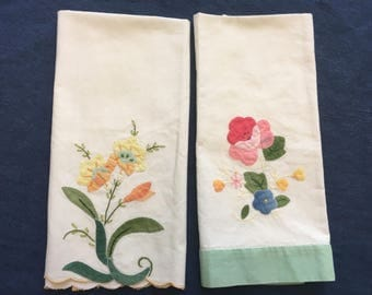 Vintage Hand Towels, LOT of 2 STUNNING Guest Towel HAND Appliqué Embroidery Green Pink Yellow Floral Home Decor Bath Kitchen Table Linens