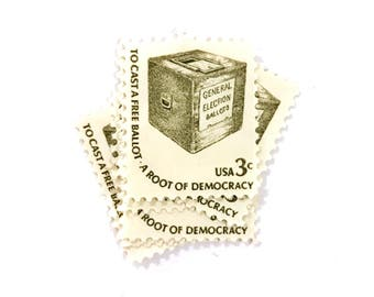 10 x To Cast A Free Ballot - 3 cents olive green UNused vintage US postage stamps - 1977 Root of Democracy - election - vote - voting