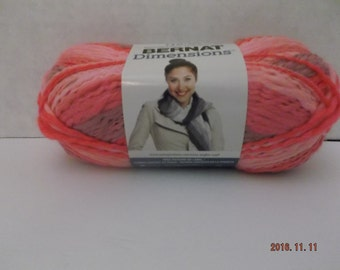 Bernat Dimensions Yarn ~ Wool Blend ~ Colour # 99004 Blush ~ 2.8 oz ~ 160 Yards ~ #5 Bulky