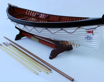 Titanic's Lifeboat Ready Display Model
