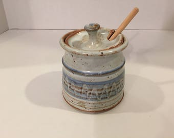 Honeypot, Hand Crafted Honey Pot and Dipper, Hand Thrown Pottery Honeypot