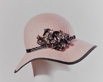 Pink Fascinator.Exclusive hats.Hat by designer.Accessories.Buy hat.Felt.Best hat.Millinery.Fashion.Fascinator.Millinery shop.Kentucky hat.