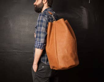 Leather Weekend Bag, Leather Duffle Bag, Man Bag made of Leather, Crossbody Duffle