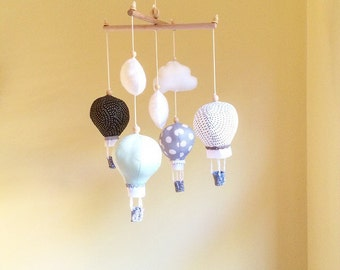 Hot air balloon mobile- baby mobile- cot mobile- nursery mobile- baby boy mobile- mint and grey- crib mobile- hot air balloon mobile
