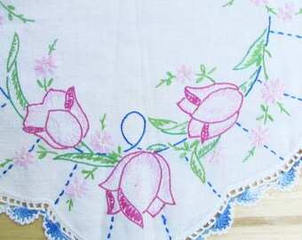 Tulip Handstitched Dresser Scarf, Vintage Linen, Home Decor