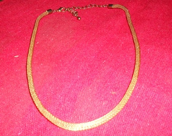 Vintage Gold Round Mesh Necklace